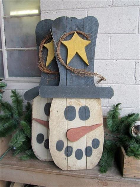 wooden pallet craft projects welcome winter with wooden pallet snowman pallets designs
