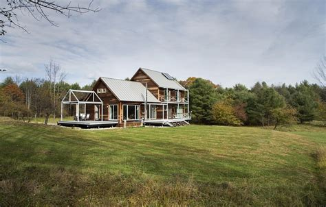 Colonial Farmhouse farmstead passive house in vermont for the modern new