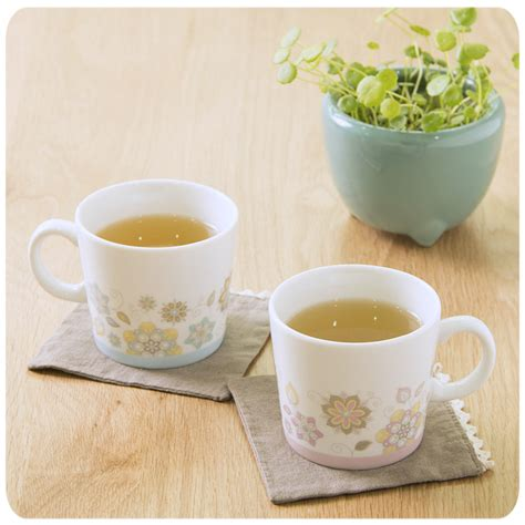 Romantic Cups For Loving And Romantic Couples   PicsHunger