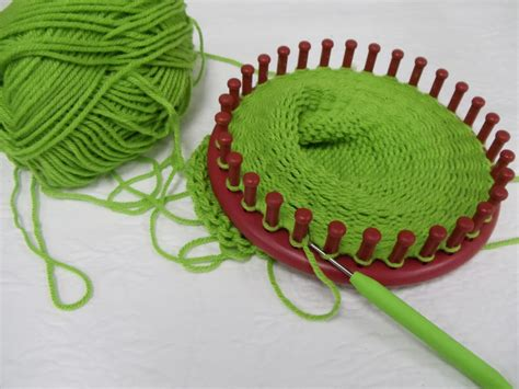 hat knitting loom 1000 images about loom knitting on