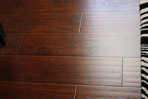 wood laminate flooring fresh can wood laminate floors be refinished 3647