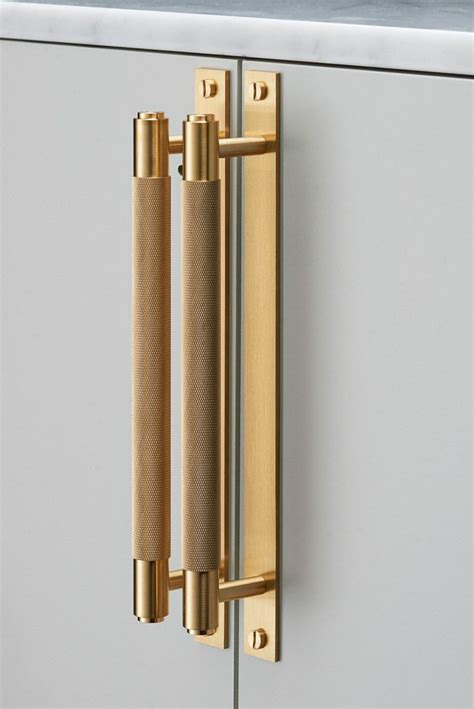 kitchen cabinet hardware handles 25 best ideas about brass cabinet hardware on