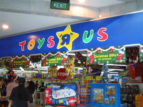 toys r us wayne nj toys r us to hire 45 000 workers for holidays