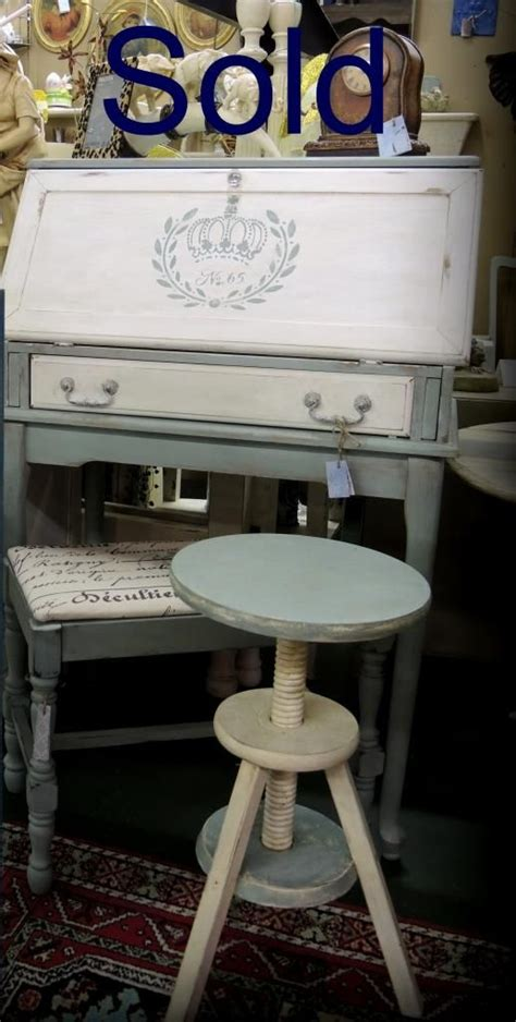 chalk paint sc sold painted desk and painted bench sloan chalk