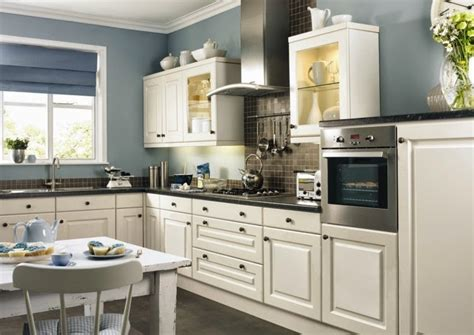 colors for kitchen walls contrasting kitchen wall colors 15 cool color ideas