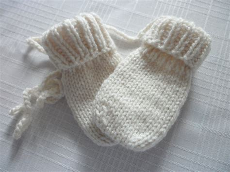 knitting pattern baby mittens thumbless baby mittens thumbless knit in sizes by handknitted4you