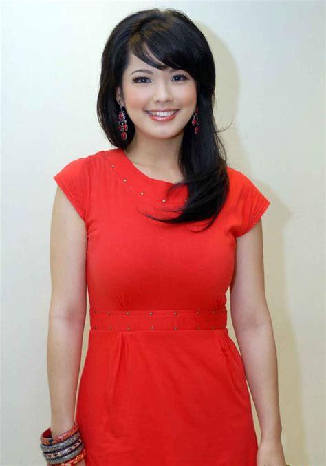 artis indonesia 10 artis tercantik indonesia parth 3 trending topics