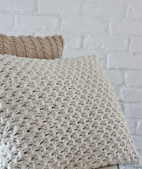 knitted pillow cover pattern free knitting pillow cover pattern yarnage