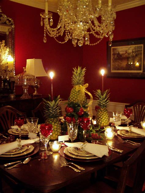 Country Dining Room Ideas colonial williamsburg christmas table setting with apple