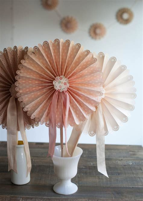 creative paper crafts diy paper craft classes creative bug 100 layer cake
