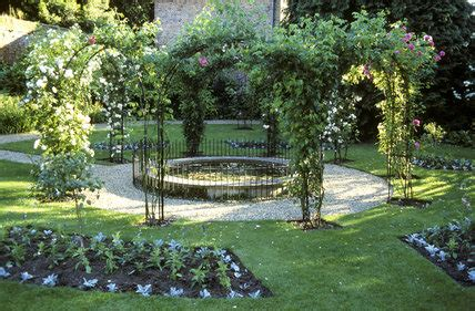 Garten Der Zuflucht by S Garden At Peckover House With Covered