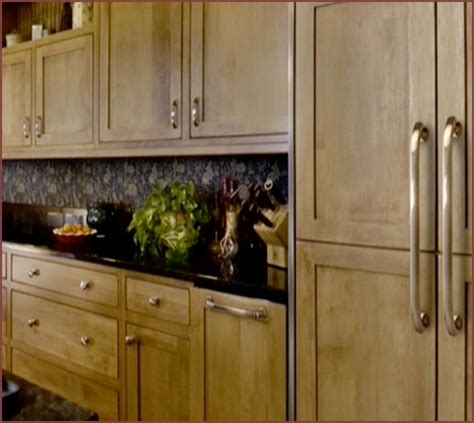 kitchen knobs and pulls ideas kitchen cabinet hardware ideas pulls or knobs home