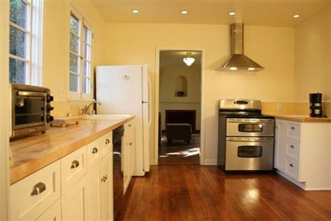 how to refinish oak kitchen cabinets how to refinish oak kitchen cabinets kitchens