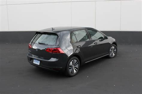 2015 volkswagen e golf image 6 image 2015 volkswagen e golf term test car size