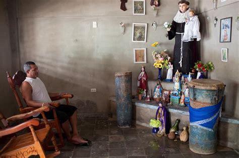 santeria religion santeria is cuba s new favorite religion vice news