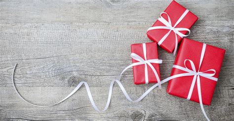 gift images free list of 36 stores with free and paid gift wrapping