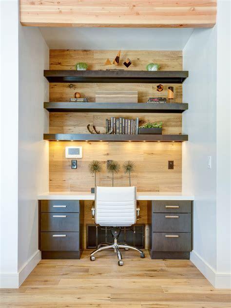 small built in desk 30 home office para inspirar seu escrit 243 em casa