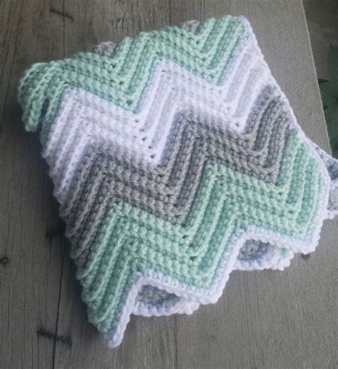 chevron knitted baby blanket pattern best 25 baby blankets ideas on sew baby