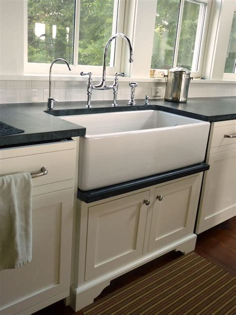 farmer sink kitchen best 25 farmhouse sinks ideas on kitchen