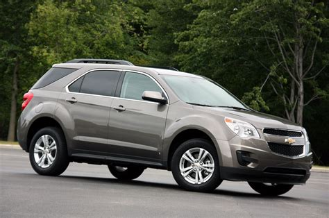 2009 Chevy Equinox Review by Review 2010 Chevrolet Equinox Photo Gallery Autoblog