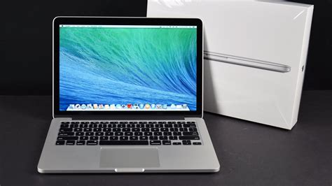 mac book pro pictures apple macbook pro 13 inch with retina display late 2013