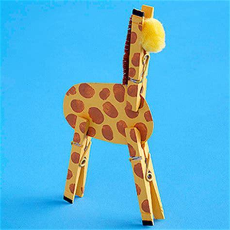giraffe craft for clothespin giraffe family crafts