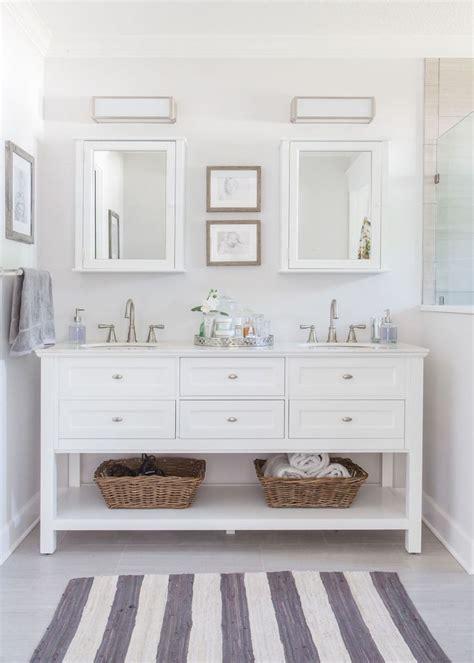 Bathroom Ideas White by Best 25 White Vanity Bathroom Ideas On White