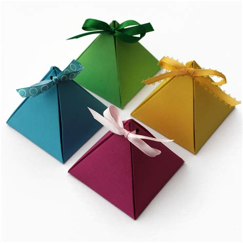 how to make jewelry gift boxes paper pyramid gift boxes lines across