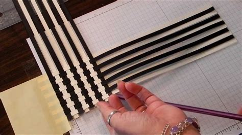 using paper paper weave scrapbook technique
