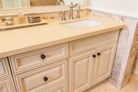 kitchen cabinets hamilton ontario kitchen cabinets hamilton custom cabinets kitchen
