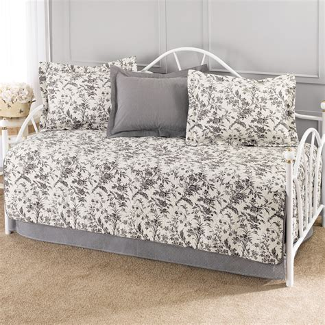 daybed bedding sets amberley daybed bedding set from beddingstyle