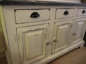 chalk paint cabinets kitchen 1000 ideas about chalk paint cabinets on