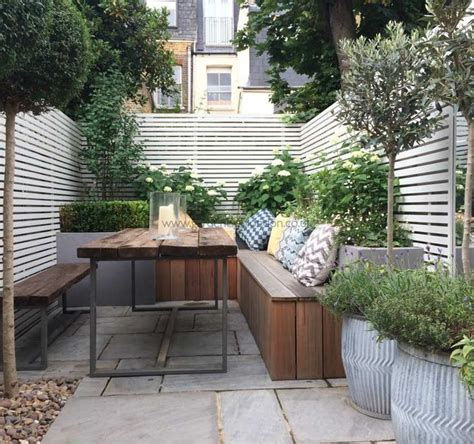 patio ideas for small gardens best 25 small courtyards ideas on small