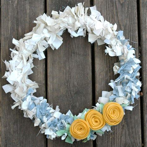 wreaths crafts projects craft project scrap fabric wreath look between the lines