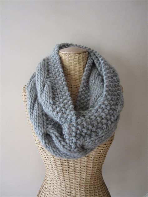 cable knit infinity scarf pattern 17 best images about breien on easter peeps
