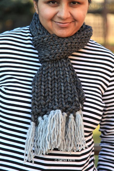 how to knit a scarf quickly knit scarf with free pattern smiling colors