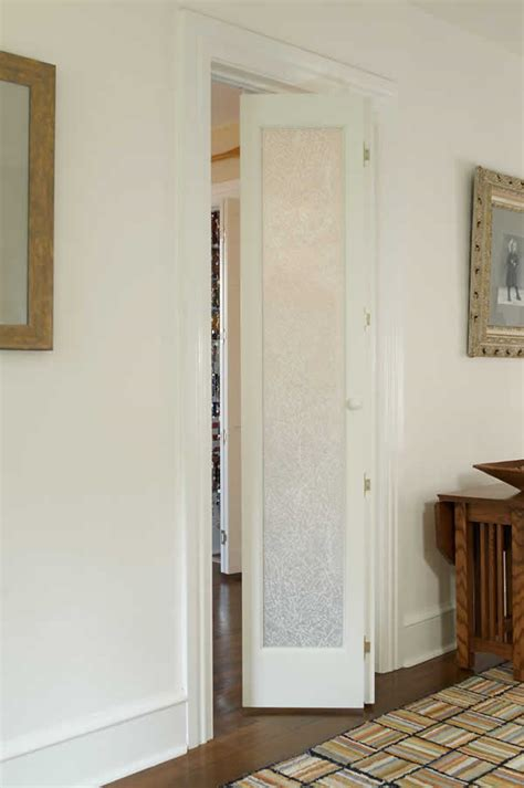 bifold closet doors with frosted glass bifold frosted glass doors fordesign