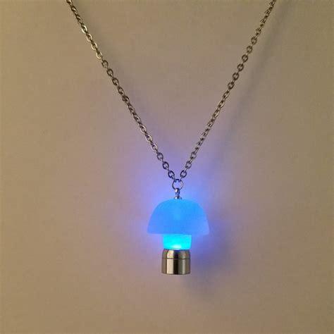 led light necklace light up glow pendant necklace 28 images light up led