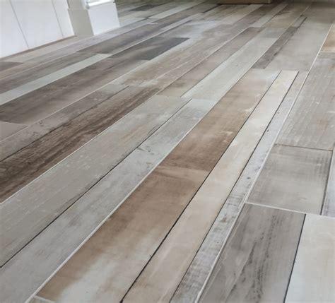 Carpet That Looks Like Wood Planks by Bathroom Floor Tile That Looks Like Wood Wood Floors