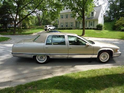 1996 Cadillac Fleetwood by 75 Best Images About Cadillac Fleetwood 1996 On