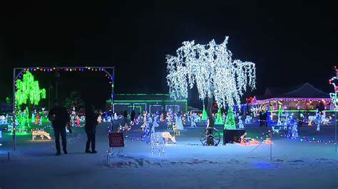 winter continues to grow and wow visitors ctv news edmonton