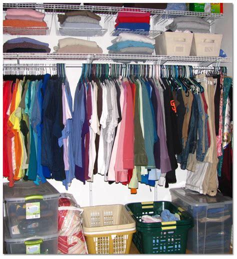 organize bedroom closet how to organize the closet of a bedroom interior