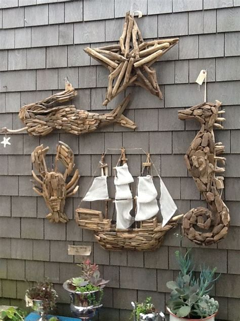 driftwood craft projects driftwood wall decoration recycled things