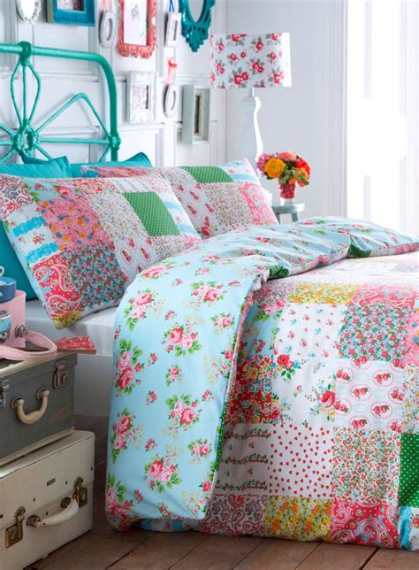 bright bedding 1000 ideas about bright bedding on colorful
