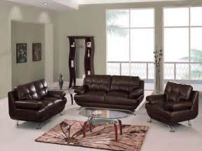decorating a living room with brown leather furniture living room leather furniture decorating ideas