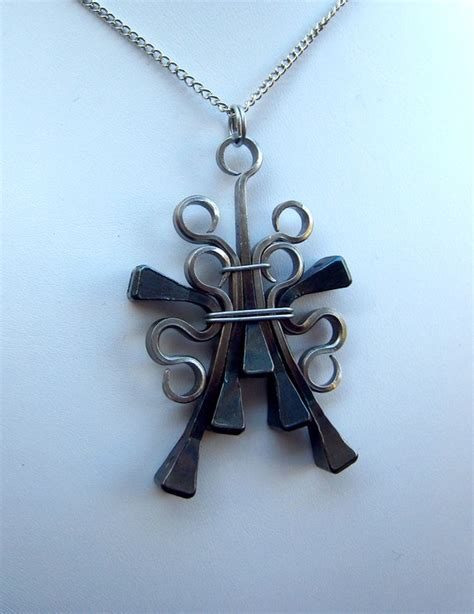 horseshoe nail jewelry how to make henk brinkman horseshoe talismans southern style