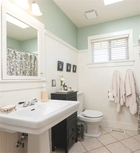 Bathroom Paneling Ideas by Phenomenal Beadboard Paneling Decorating Ideas
