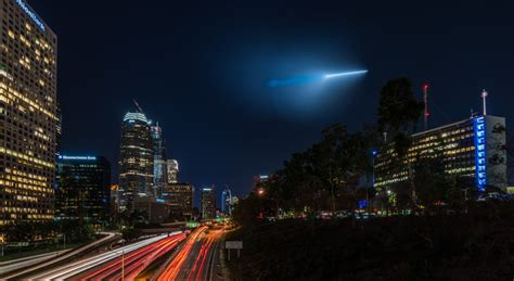 lights in los angeles mysterious light in the sky baffles los angeles to san