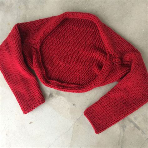 knit shrug pattern 1000 ideas about shrug knitting pattern on