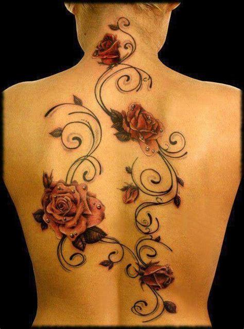 tatuajes de rosas en la espalda tatuajes tatuadores y